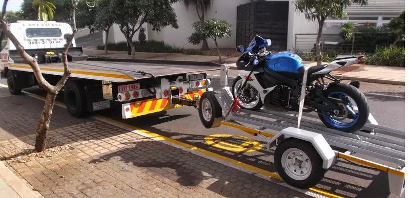 supebike tow - on trailer